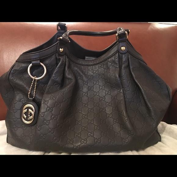 13b22a9679b6 Gucci Handbags - Gucci Sukey Guccissima Tote Large